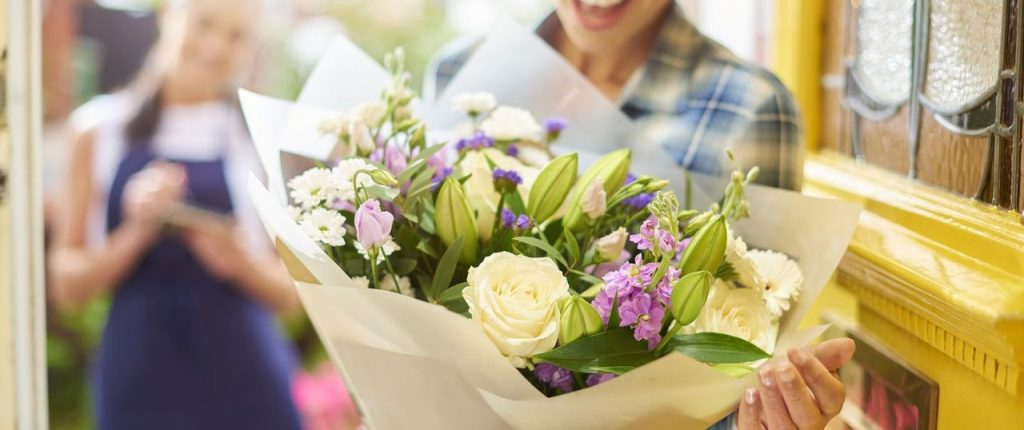 Flower conveyance